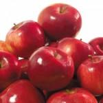 Килограмм красных яблок
