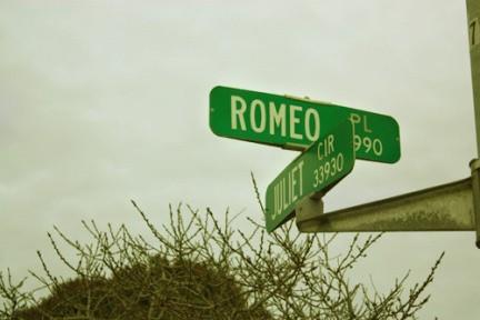 Указатель Ромео и Джульетта