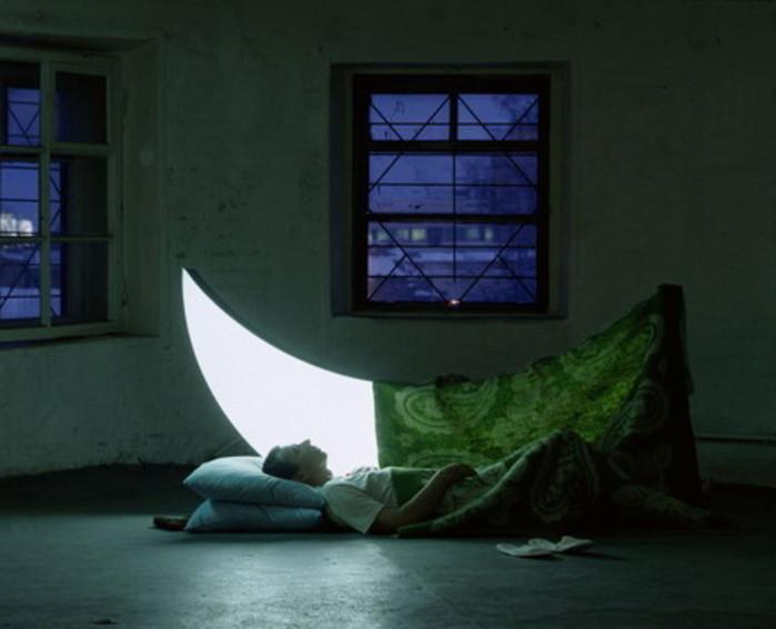 Сны и луна