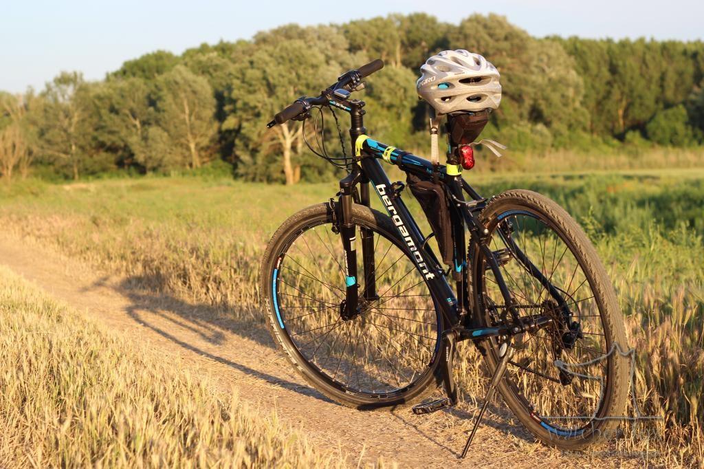 Велосипед в полях