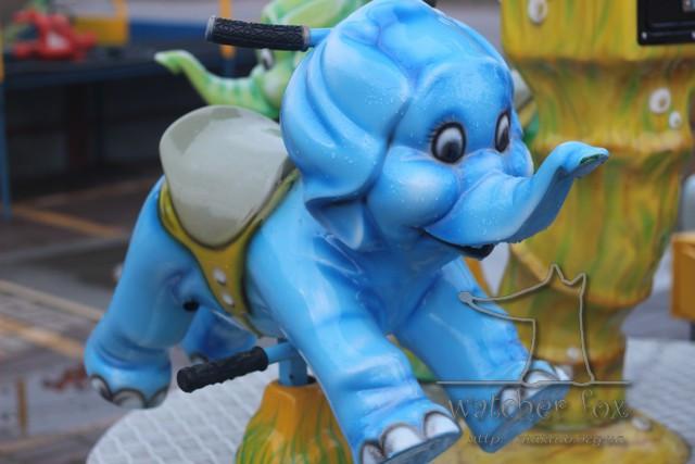 Синий слон. Карусель.