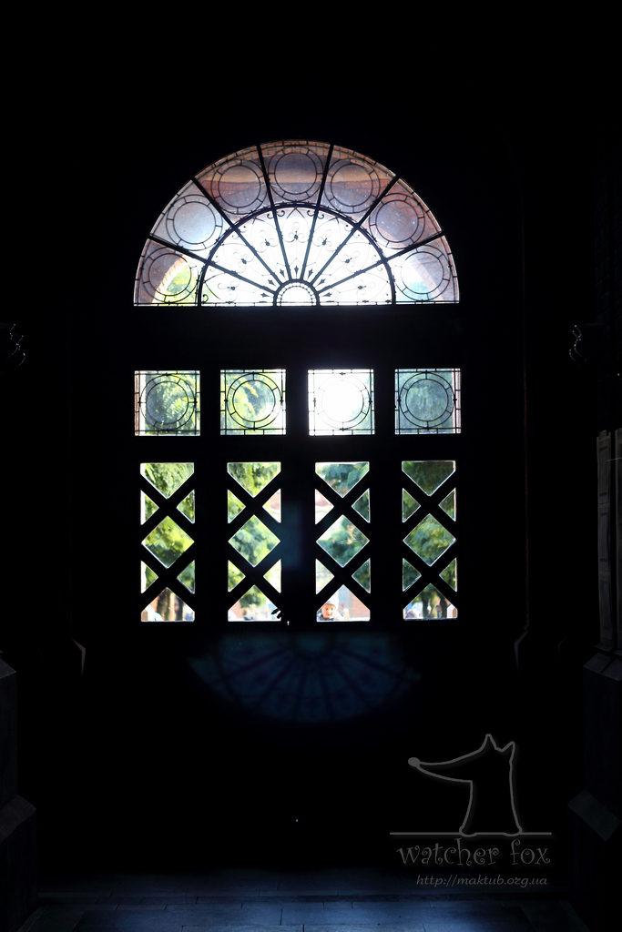 Силует окна